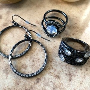 Set Black Gunmetal Rings and Earrings